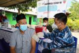 Danlanud Silas Papare Marsma Budhi: Vaksinasi kurangi dampak parah infeksi COVID-19