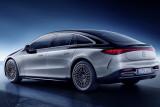 Mercedes-Benz EQS hadirkan sistem roda kemudi belakang hingga 10 drajat