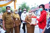 Bupati Bengkalis salurkan bantuan beras PPKM  kepada 20.291 KPM