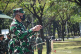 Kasum TNI periksa kesiapan Satgas Pamtas Yonif Para Raider