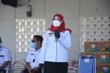 Wali Kota Bandarlampung salurkan 1.000 paket sembako ke warga
