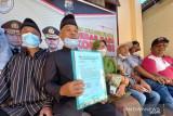 Perwakilan tokoh adat Nagari Gaduik Agam laporkan pemilik akun Facebook penghina gubernur Sumbar