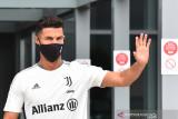 Skuad Juventus harus jalanani isolasi karena seorang pemain positif COVID-19