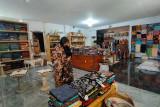 Manfaatkan PPKM, pengrajin batik di Cilacap cari ide kreatif