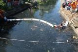 Ini alat perangkap sampah sungai dari Pangea Amerika Serikat untuk Kota Padang