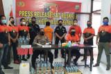 Operasi Pekat Samrat, Polres Sitaro Amankan Ribuan Liter Miras