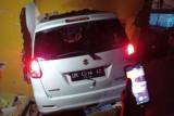 Mobil tabrak rumah warga di Praya, pemilik rumah terjepit