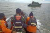 SAR evakuasi perahu berpenumpang empat orang ditemukan di sekitar Pulau Tiga
