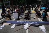 Ratusan warga Malaysia berunjuk rasa tuntut PM Muhyiddin mundur