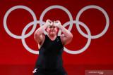 Hubbard Olympian transgender pertama dalam sejarah harus tersingkir dini