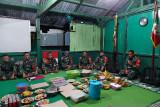 Satgas TNI syukuran bersama peringati HUT ke-56 Yonif 403/Wirasada Pratista