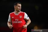 Mikel Arteta memastikan Granit Xhaka bertahan di Arsenal
