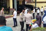 Polda Sumsel bantu beras untuk ASN dan masyarakat isoman