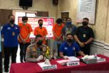 Polisi tangkap personel grup rap karena kasus penyalahgunaan ganja