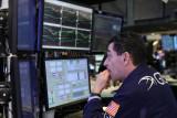 Wall Street turun tajam