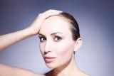 Ini penyebab munculnya jerawat di kulit kepala dan cara mengatasinya