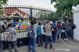 KPK datangi Kantor Dinas PUPR Banjarnegara terkait dugaan korupsi