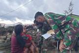 Satgas TNI Yonif 751 obati luka warga pegunungan tengah Papua
