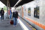 Anak di bawah umur 12 tahun dilarang naik kereta api jarak jauh