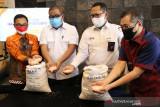 Kemensos-Bulog-Pos Indonesia salurkan beras PPKM tahap II