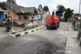 BPBD Boyolali bantu 10 tangki air bersihkan abu Merapi di desa terdampak