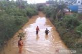 Seorang anak terseret arus drainase  di Tanjung Sengkuang Batam