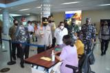 Kapolda NTT pantau pos penyekatan PPKM level 3 di Bandara Komodo