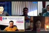 Dosen UNP latih guru SMA untuk kelola pembelajaran daring berbasis LSLC dan PADLET
