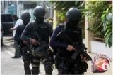 Diduga terlibat jaringan teroris, Densus 88 tangkap seorang ustaz