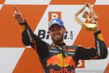 Keberanian dan kenekatan Brad Binder berbuah kemenangan GP Austria
