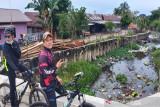 Legislator minta Pemkot Palangka Raya bersihkan sampah di dalam drainase