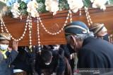 Pelepasan jenazah Adipati Mangkunegara IX