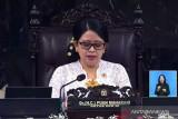 Puan kenakan pakaian tradisional Bundo Kanduang di Upacara Peringatan Kemerdekaan