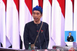 Presiden Jokowi : Kerja keras para tenaga kesehatan sangat mengharukan