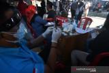 Vaksinasi COVID-19 di Pasar Masomba Palu