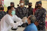Relawan COVID-19 gelar tes antigen warga pesisir Tanjungpinang