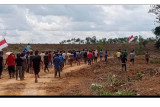 Ratusan warga Desa Sugihan minta PT MHP hentikan penggusuran lahan