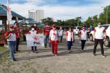 PMI Sulawesi Utara bantu pemulung terdampak COVID-19