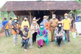 Ketua LKKS Pringsewu tinjau rehab rumah di Pekon Sukoharjo IV