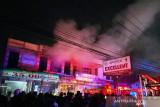 Apotek di Padang Luar Agam terbakar diduga karena tabung oksigen bocor