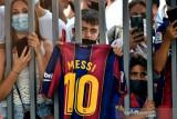 Barcelona wariskan nomor 10 Lionel Messi pada Philippe Coutinho