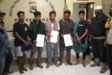 Dikepung warga Desa Seneo, Polsek Woja evakuasi 3 pemuda Desa Tanju