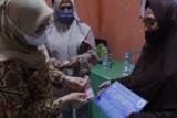 Bupati Mamuju serahkan bantuan ke masyarakat pesisir
