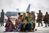 Pengungsi Afghanistan melahirkan ketika berada di pesawat evakuasi AS