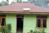 Warga desa wisata Loha Mabar keluhkan jaringan listrik
