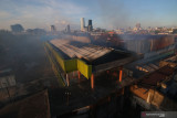 Pasar Baso Agam terbakar,  24 kios pedagang hangus terbakar