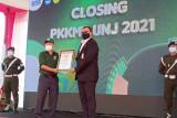 UNJ raih rekor MURI senam sendok kursi terbanyak pada penutupan PKKMB 2021