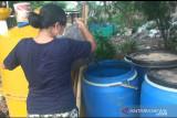 Warga Kampung Muka Ancol Jakarta tukar sampah perkilogram dengan uang Rp3.000