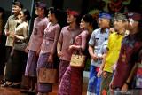 Gaet pasar dunia, busana dengan kain tradisional perlu berselera global