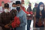 Tim Agustiar Sabran kembali bagikan sembako ke warga sedang isoman